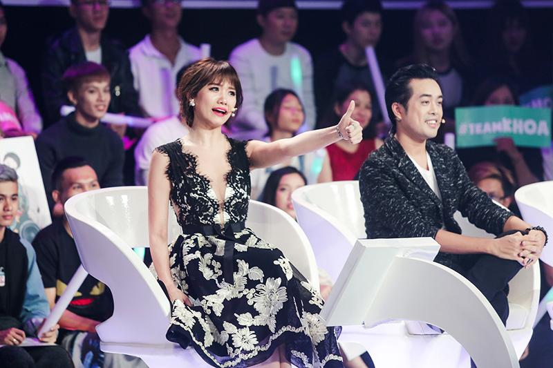 Hari Won được khen ăn nói lưu loát hơn sau khi lấy chồng