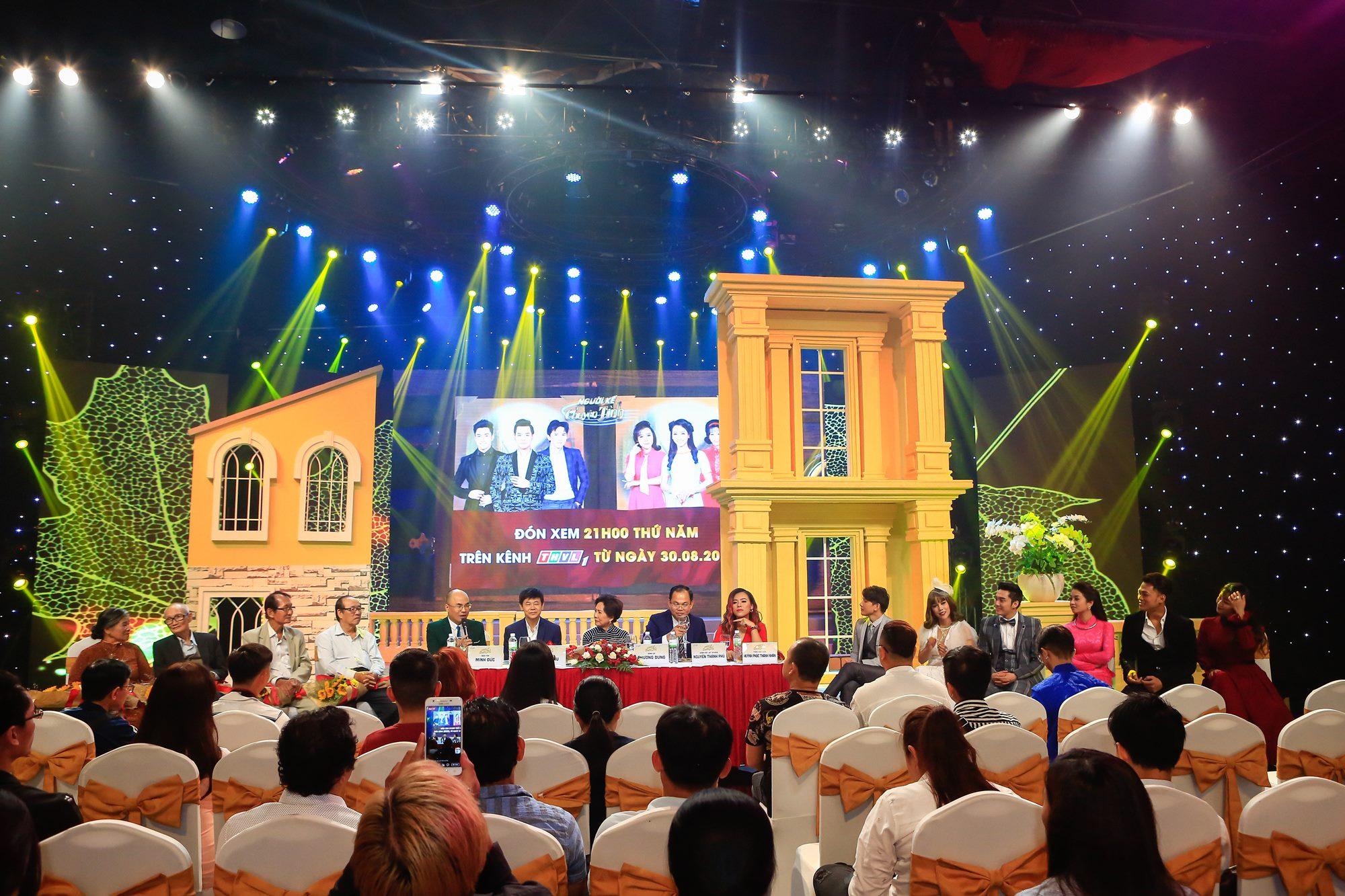 Quang canh Hop bao NKCT (1)